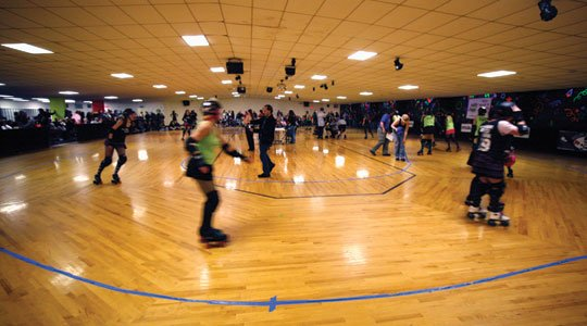 rink-overall-with-motion-blur400x300.jpg