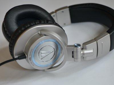 Headphones_Nov issue Day 1