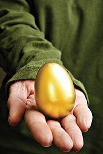 golden-egg_8412666.jpg