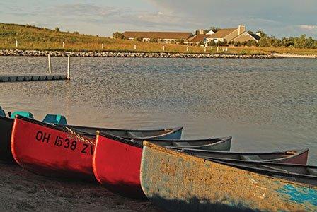 OMB1334_canoes.jpg