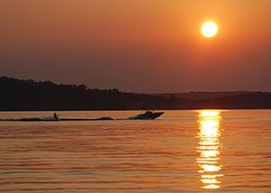 Seneca-Lake-Sunset---Boaters-2.jpg