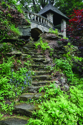 StanHywet_Steps to Tea Houses.jpg