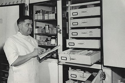 Ritzman Pharmacy 02