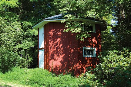 octagon bee house sep12.jpg