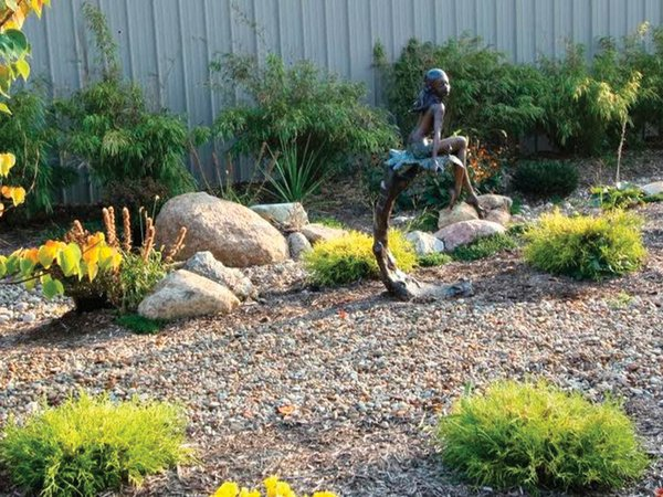 landscaping with statue in BG.jpg