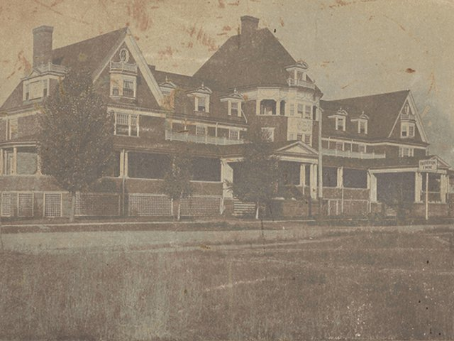 Barberton Inn (2).jpg
