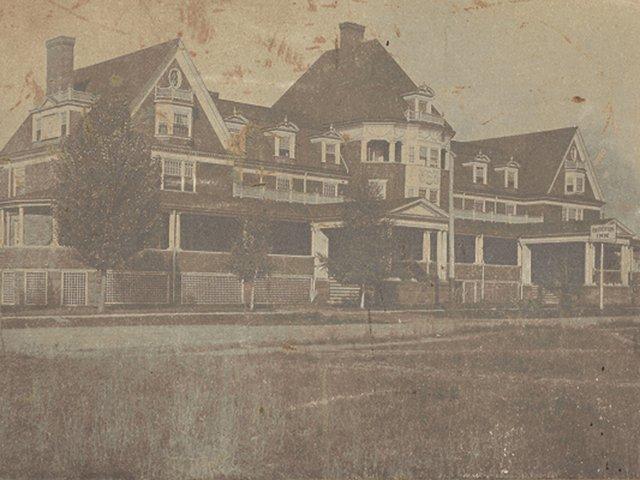 Barberton Inn (2).jpg