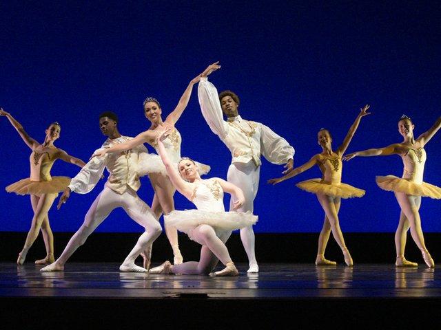 4-13  University of Akron Dance Program's Matinee Outreach Performance.jpg