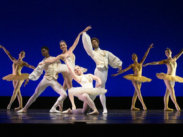 4-13  University of Akron Dance Program's Matinee Outreach Performance.jpg