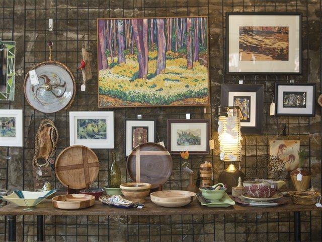 River Light Gallery interior Jul17.jpg