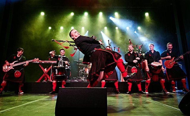3-20 The Red Hot Chilli Pipers.jpg