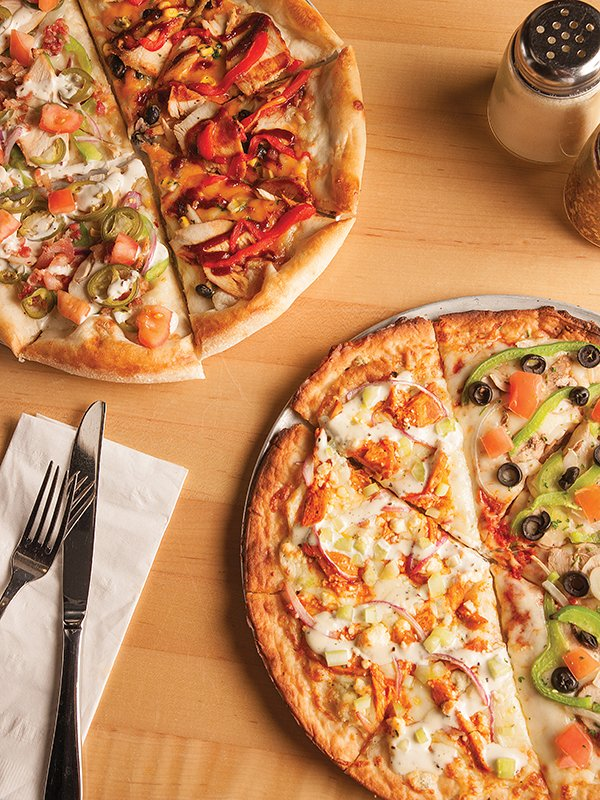 deweys_pizza-3_cmyk.jpg