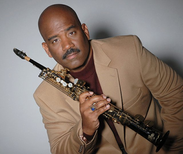 5-18, 5-19 Blu Jazz presents Walter Beasley.jpg