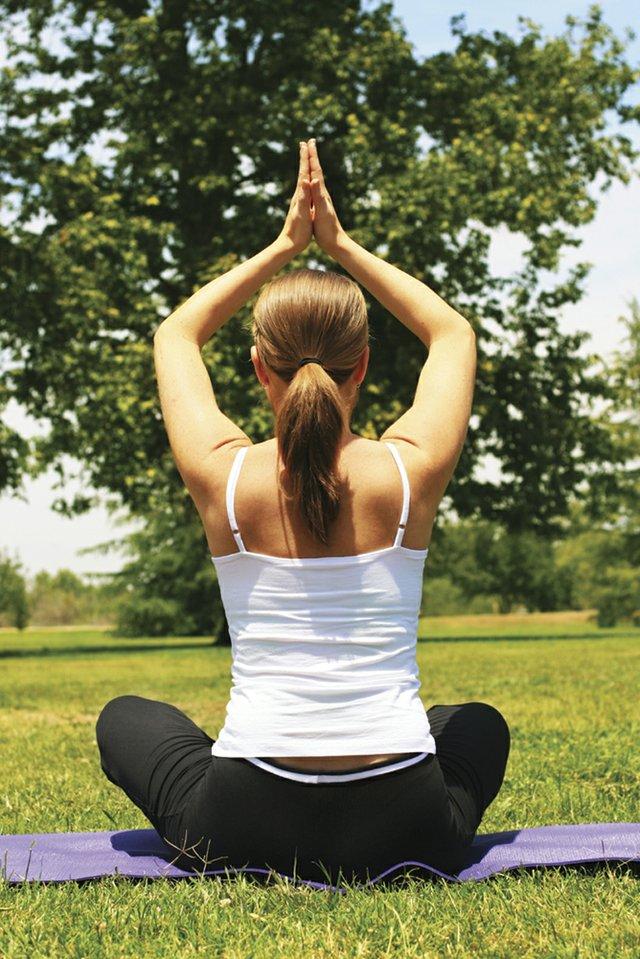 9-2 Yoga in the Park Vinyasa (istock).jpg
