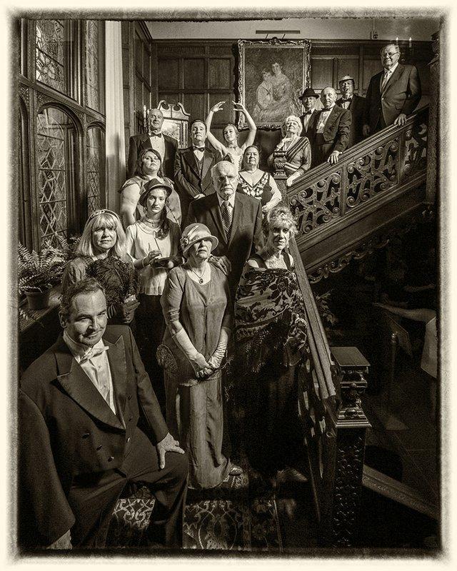 10-13-10-28 Murder in the Mansion (Photo Credit to Karin Warner).jpg