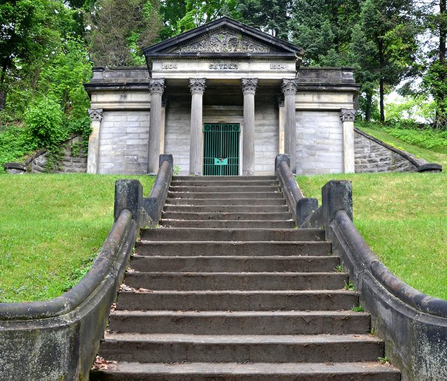 Snyder Mausoleum