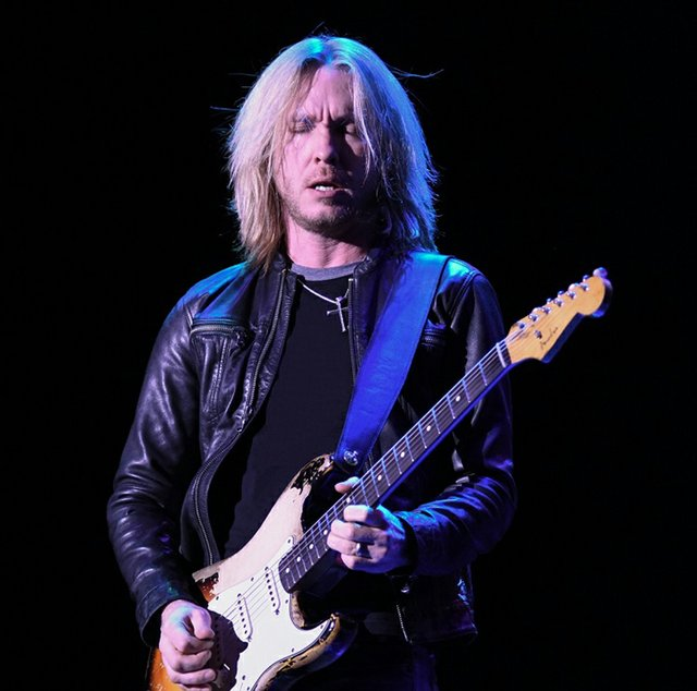 11-2 The Kenny Wayne Shepherd Band presented by Live Nation.jpg