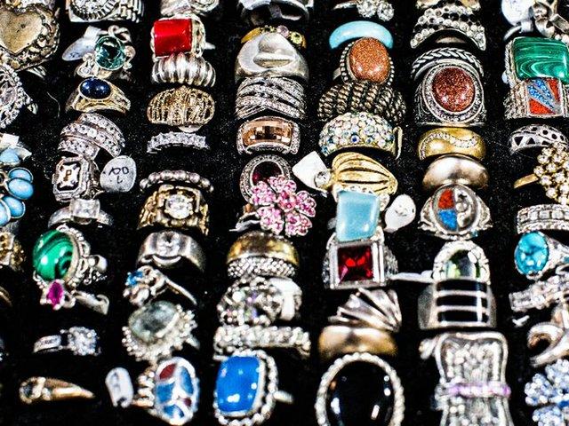 11-3 The Jewelry Box.jpg