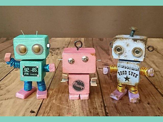 11-4 Open Studio Tin-Can & Block-Head Robots.jpg