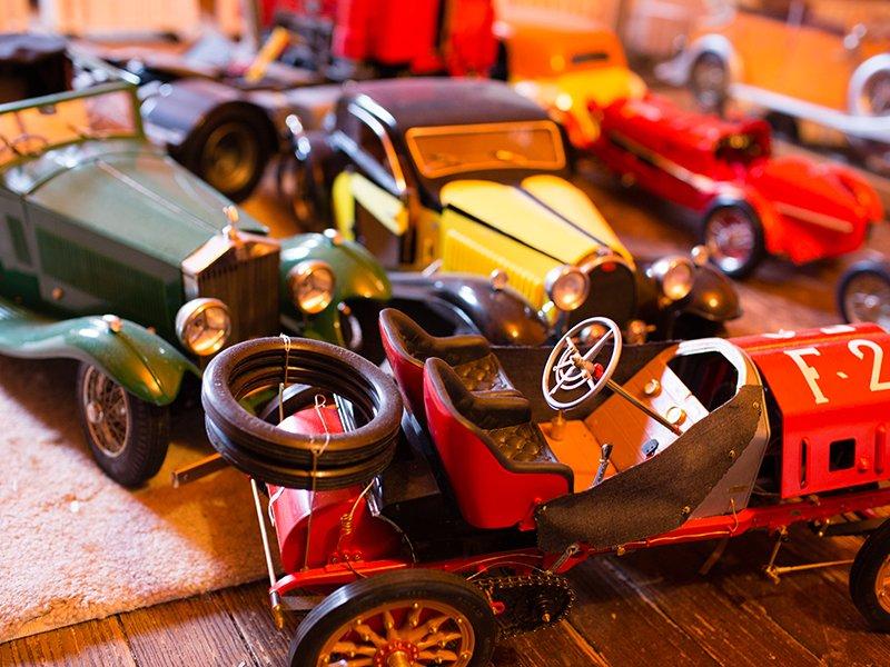 Model car builder Stan Ziegler - Akron Life Magazine