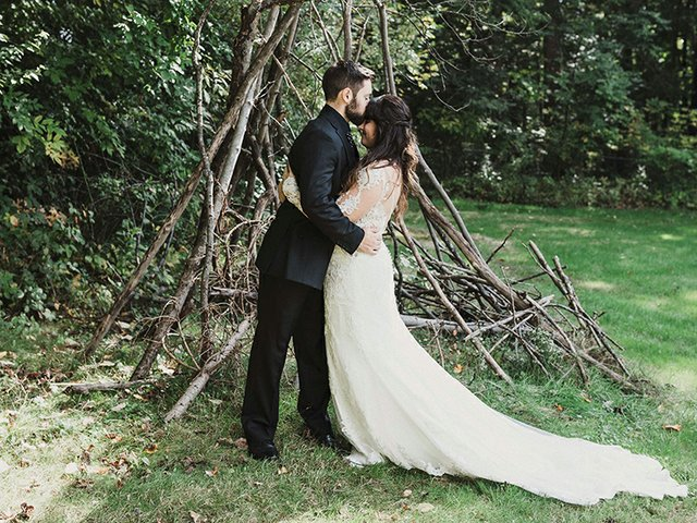 Marissa+Chris_BackyardWedding_MJPHOTO2018-222.jpg
