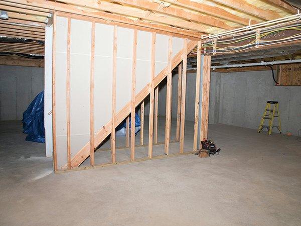 01_finished_basement_set_4_before.jpg