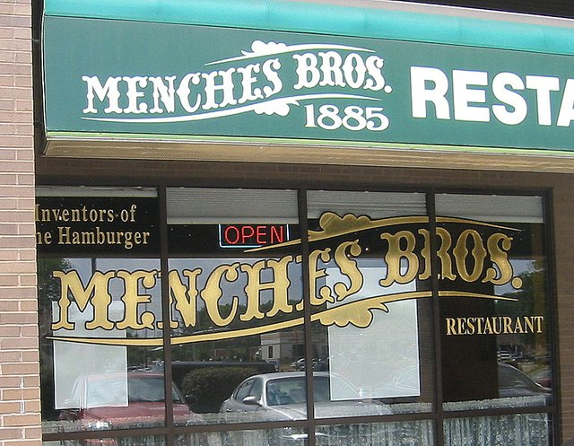 Menches Exterior